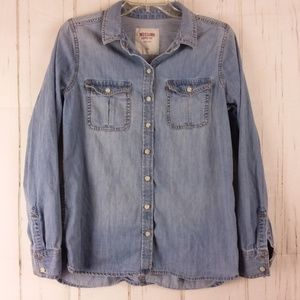 Blue Chambray Button Front Shirt Long Sleeves
